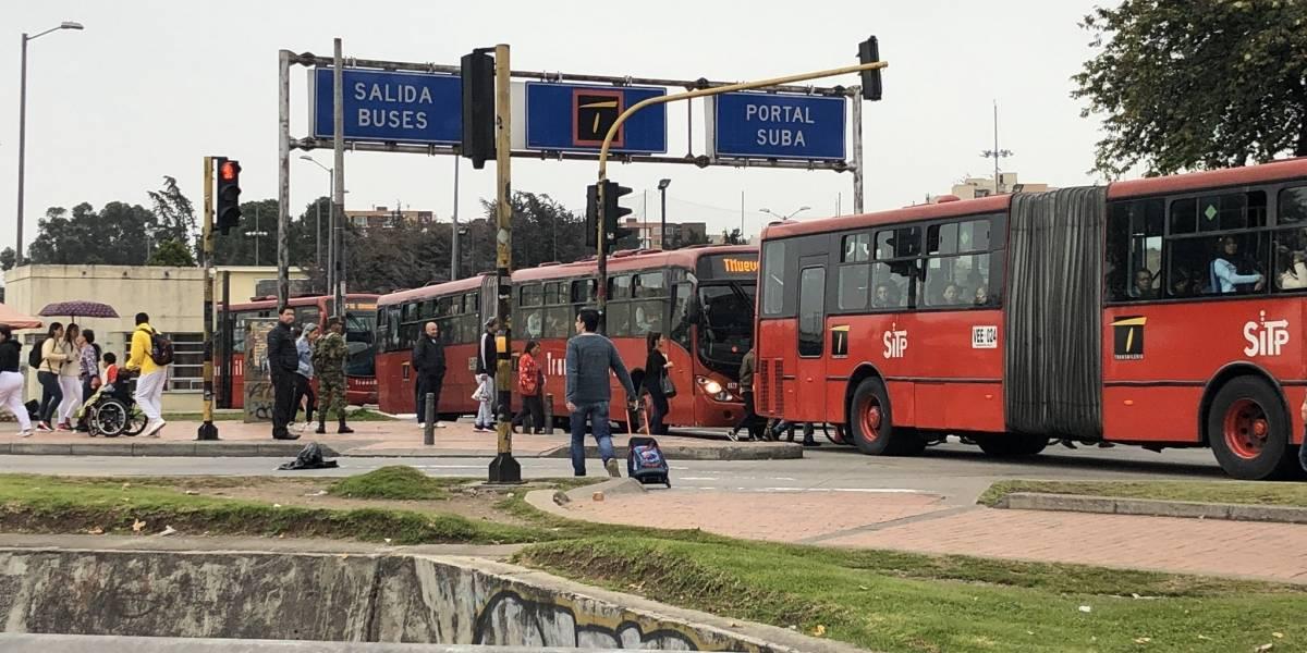 Por bloqueos suspenden el servicio de TransMilenio en el Portal Suba