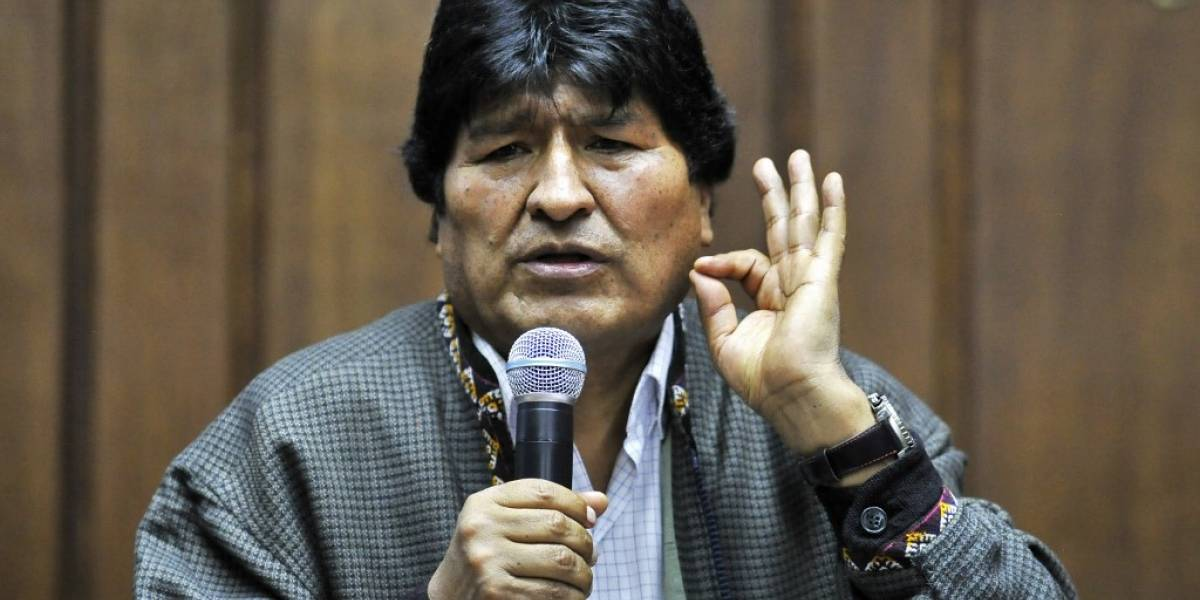 Evo Morales denuncia que Interpol giró notificación azul en su contra