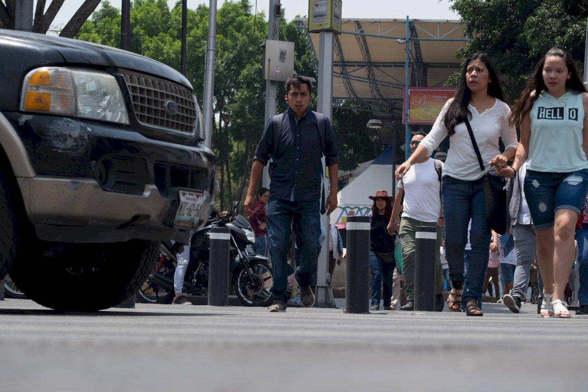 La AMIS refiere que solo el 30% de los automóviles que circulan en el país cuentan con una póliza de seguro. Foto: Cuartoscuro