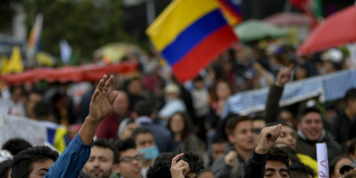 Duque acepta diálogo directo con líderes de protestas en Colombia