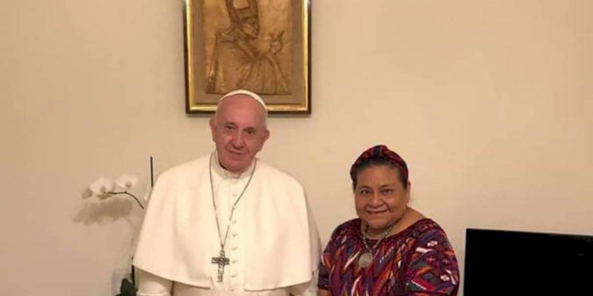 Papa Francisco y Rigoberta Menchú se reúnen para tratar temas de la realidad latinoamericana