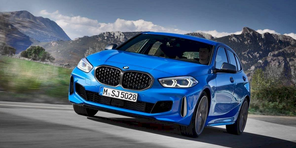 BMW renueva su puerta de entrada, el Serie 1