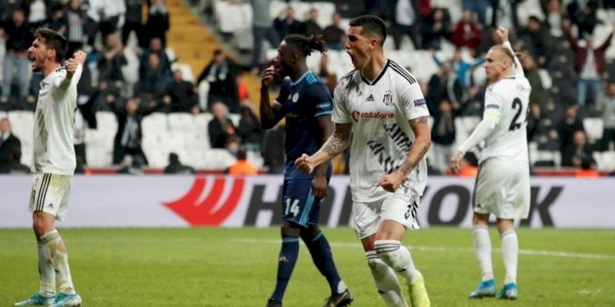 Enzo Roco se lució en la Europa League con un golazo de cabeza para Besiktas