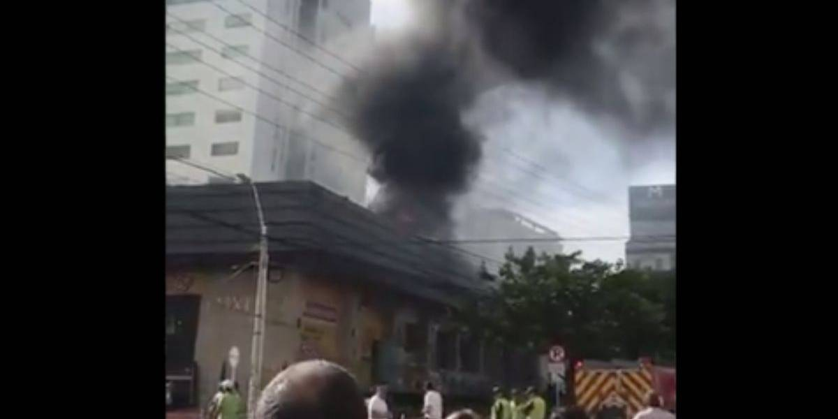 ¡Atención! Se presenta fuerte incendio en la ciudad de Barranquilla