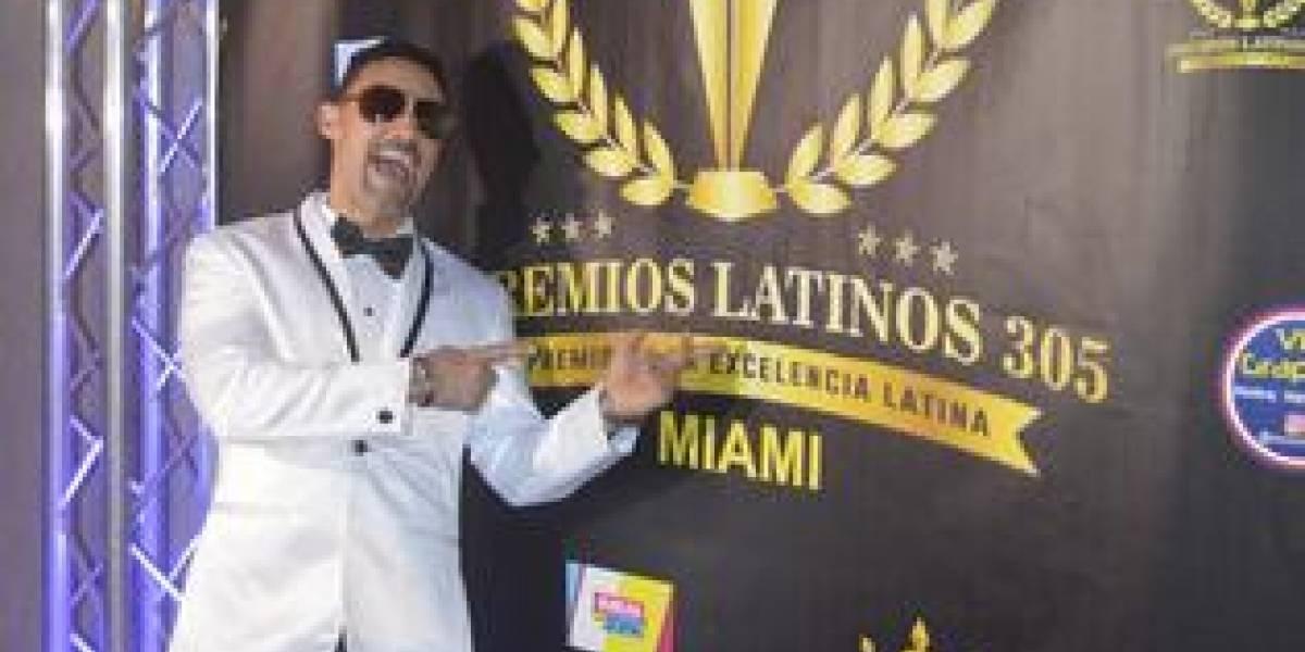 "Artista Robert Liriano ganó en ""Premios Latinos 305 Miami"""