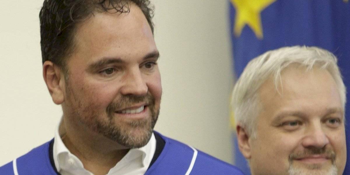 Presentan a Mike Piazza como dirigente de Italia