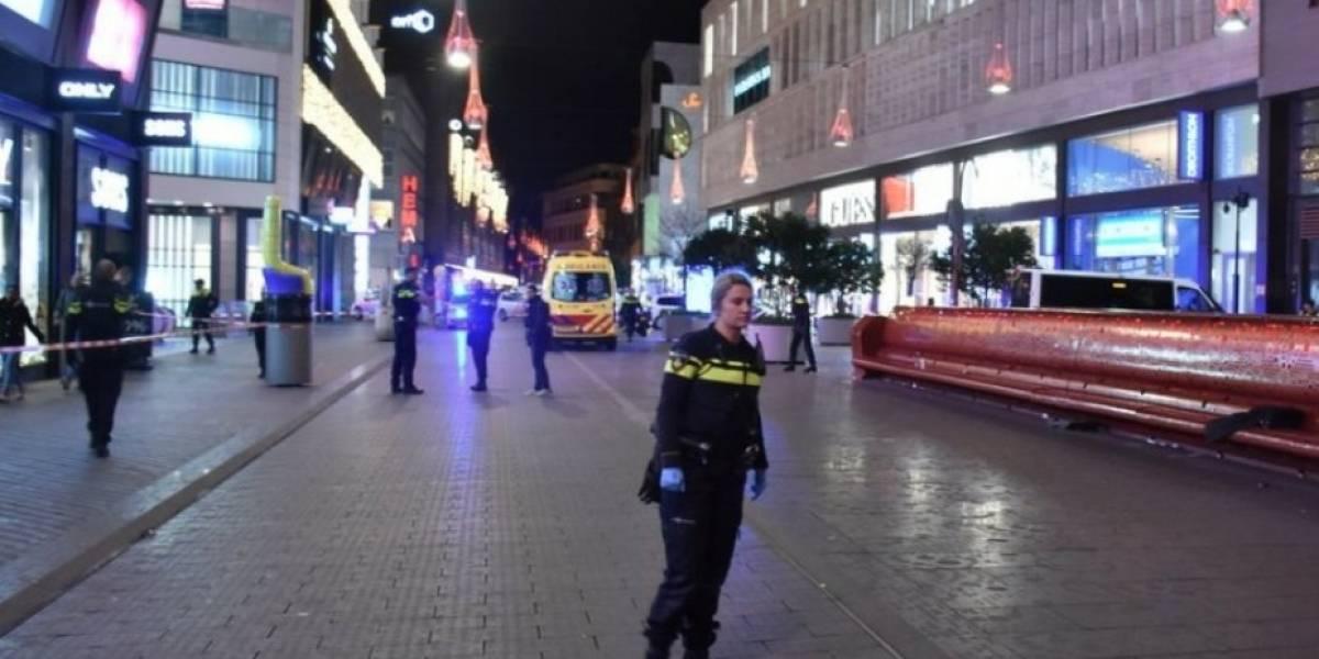 La Haya: Varias personas apuñaladas en calles principales