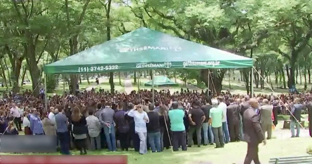 enterro Gugu Liberato