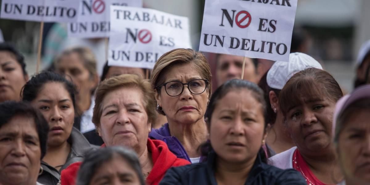 Urgen acelerar ley sobre comerciantes ambulantes en Congreso de la CDMX