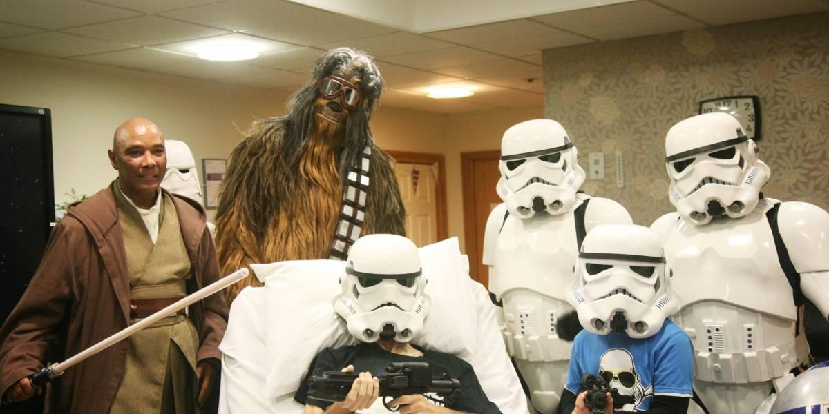 Disney faz exibição antecipada do novo 'Star Wars' para fã com doença terminal