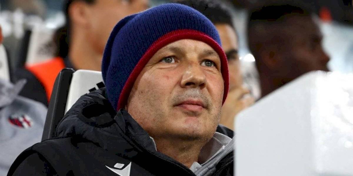Entrenador del Bologna anuncia que venció al cáncer
