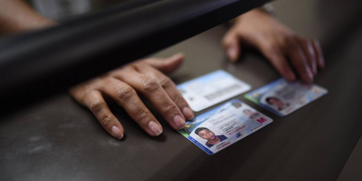 PDH presenta amparo para que se garantice entrega de licencias de conducir