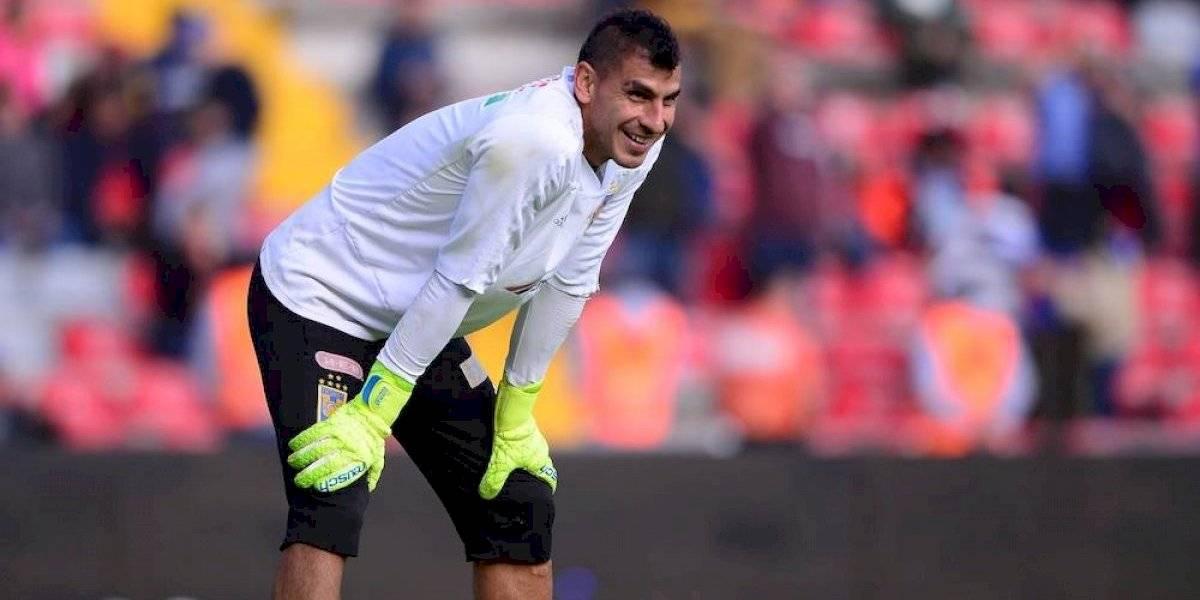 Nahuel Guzmán pide a comentaristas de TUDN quitarse la playera del América