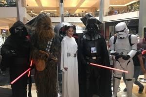 Personajes de Star Wars en el Red Weekend.