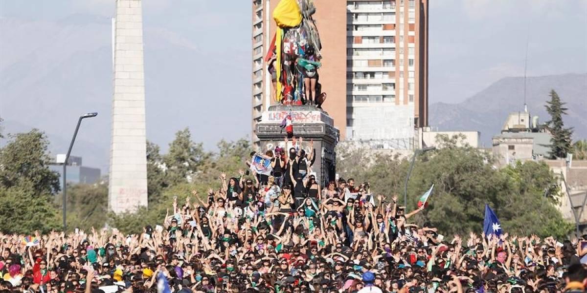 Economía chilena cae 3.4% por el impacto de la crisis social