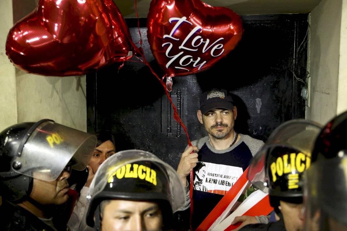 Desde el 13 de noviembre, Villanella realizaba una huelga de hambre afuera de la cárcel para exigir un proceso imparcial para su esposa.