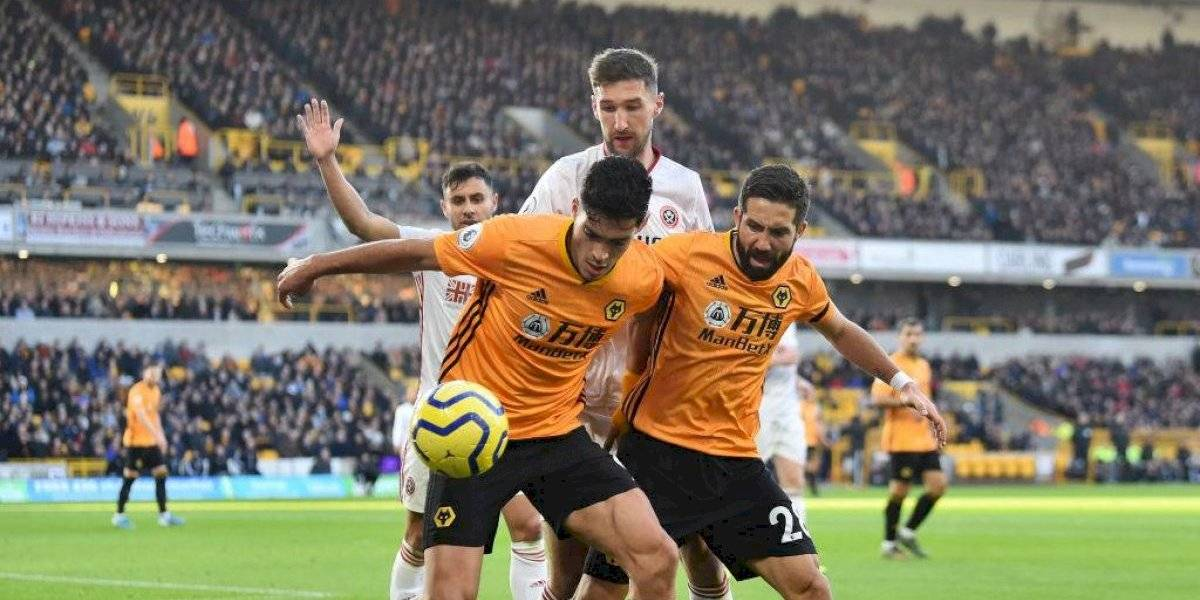 Raúl Jiménez rescata el empate del Wolverhampton