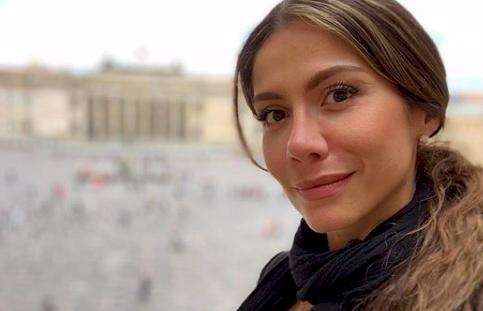 Las razones de la sorpresiva salida de Catherine Juvinao de La Luciérnaga, de Caracol Radio