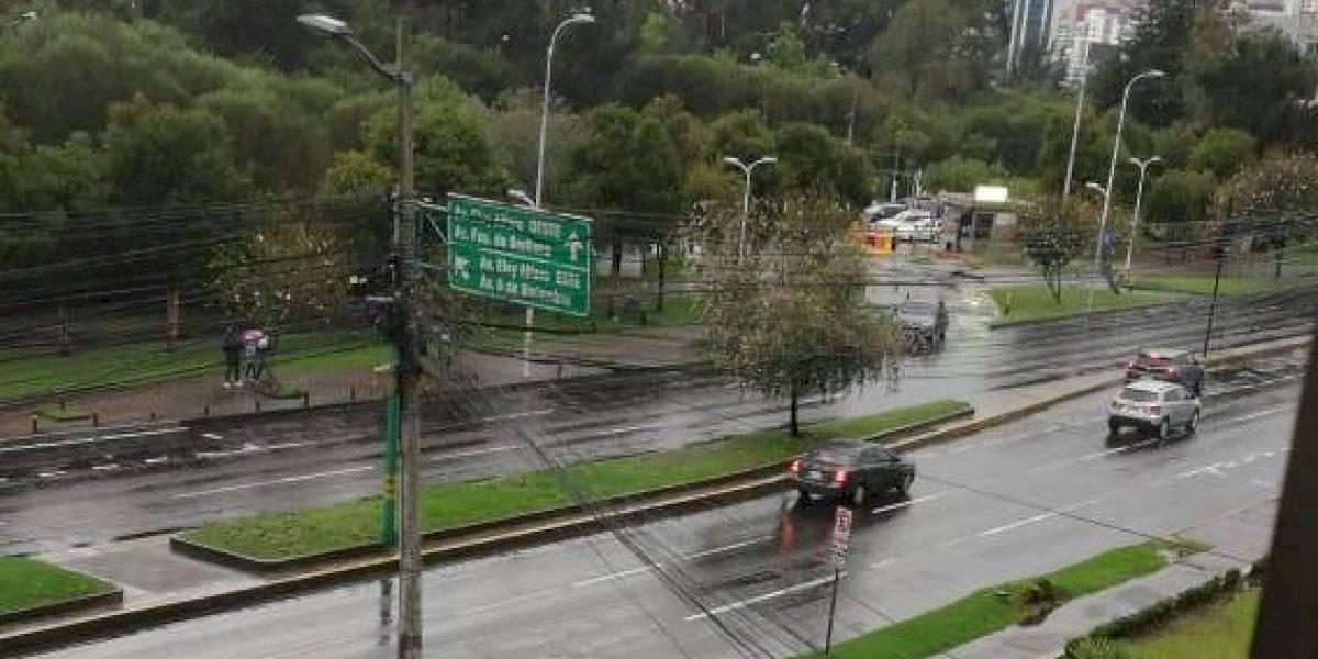 Fuerte lluvia azotó a Quito este domingo, esto dijo el INAMHI