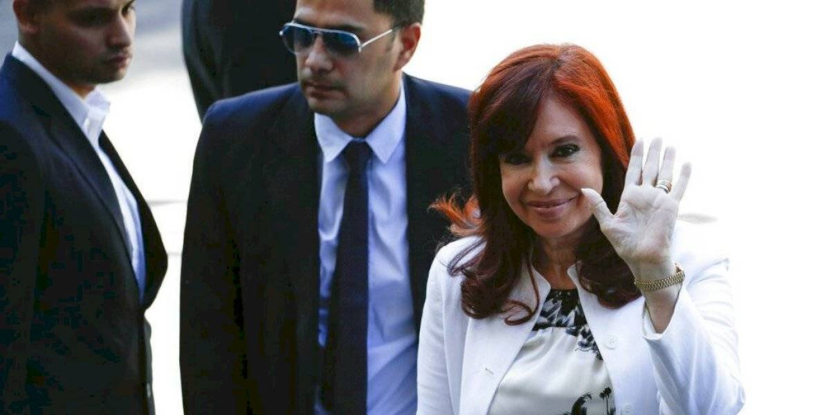 Expresidenta de Argentina se defiende en primer juicio