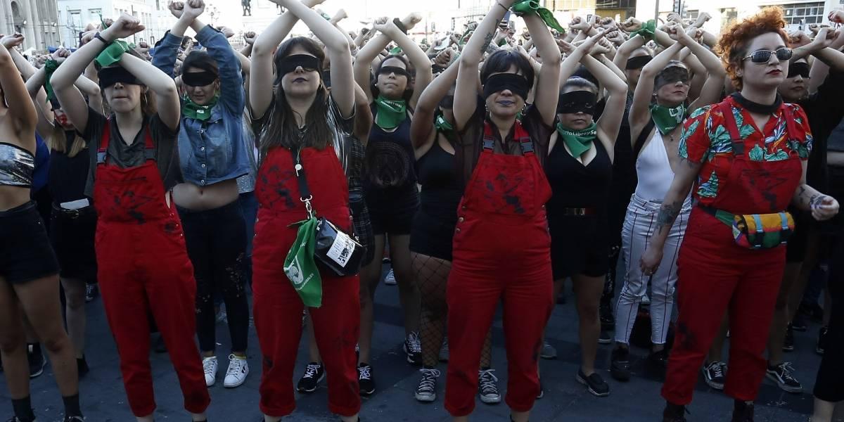 """""""Un violador en tu camino"""" en lengua de señas: la intervención de """"Las Tesis"""" que caló hondo en el mundo y de la forma más inclusiva"""