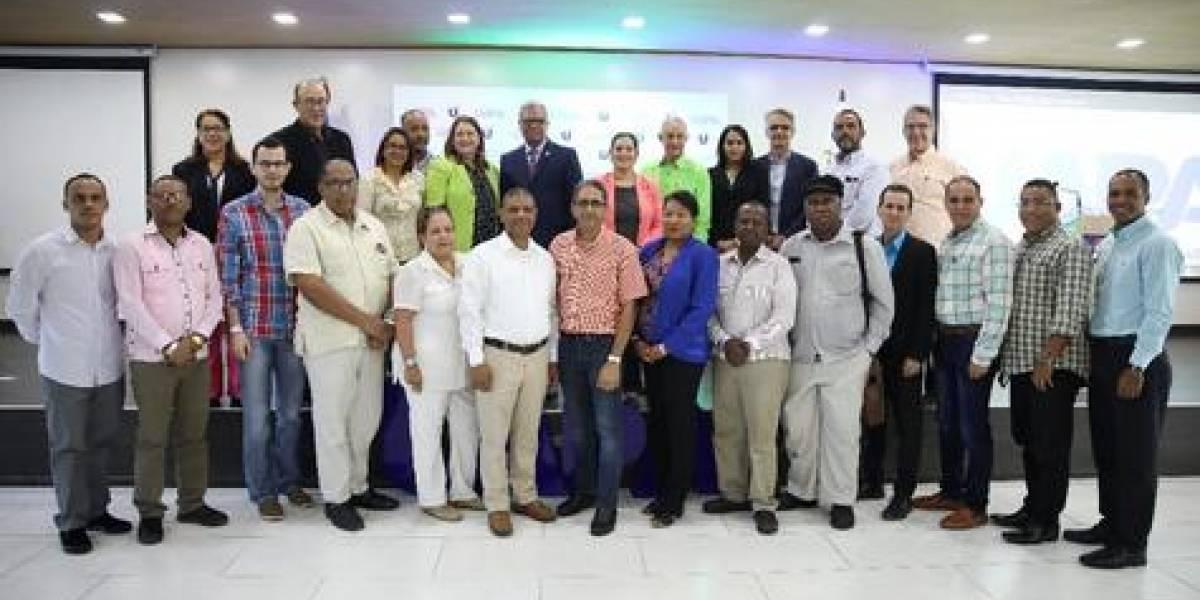 """UAPA y Fundación Unicosan celebraron primer congreso cultural """"El Santiago que queremos"""""""