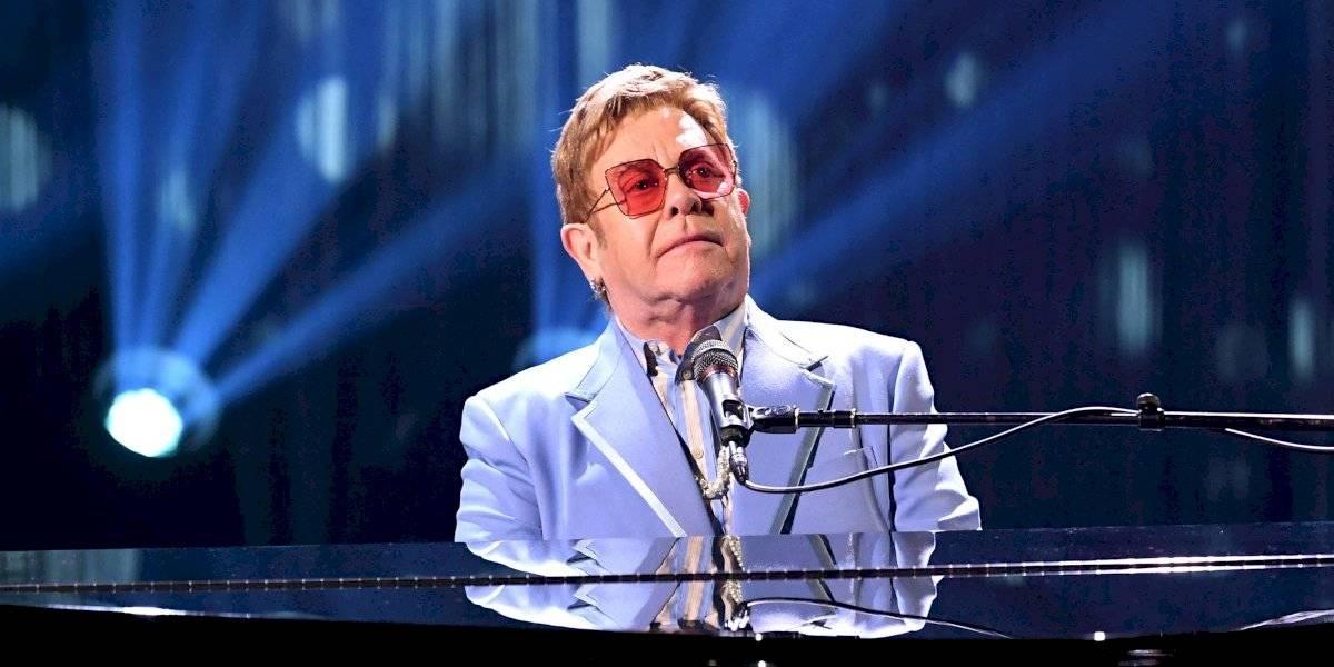 Elton John confesó haber usado pañal durante un show en Las Vegas