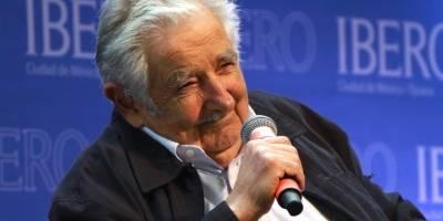 El político uruguayo estuvo en la Universidad Iberoamericana, donde lo galardonaron con el Honoris Causa.