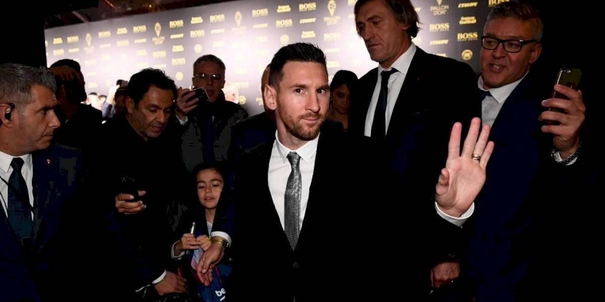 La elegancia de los futbolistas en la alfombra roja de la gala del Balón de Oro