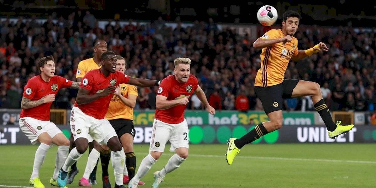 Raúl Jiménez y Wolves enfrentarán al Manchester United en la tercera ronda de FA Cup