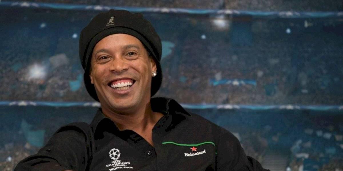 Ronaldinho desea que Neymar vuelva al Barcelona