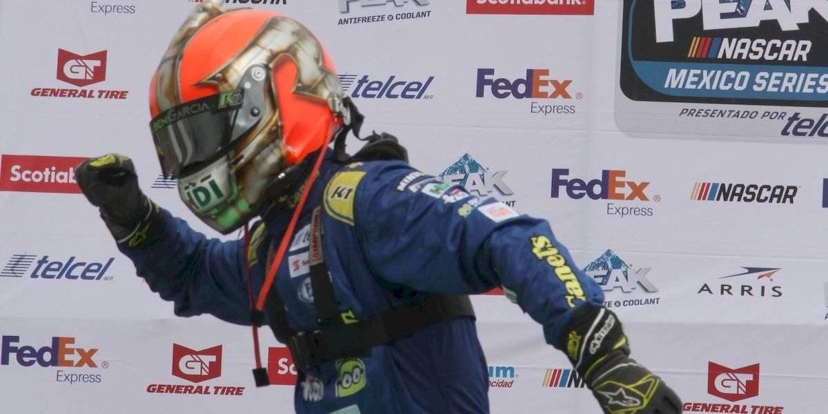 Rubén García Jr se consagra tricampeón de la NASCAR México