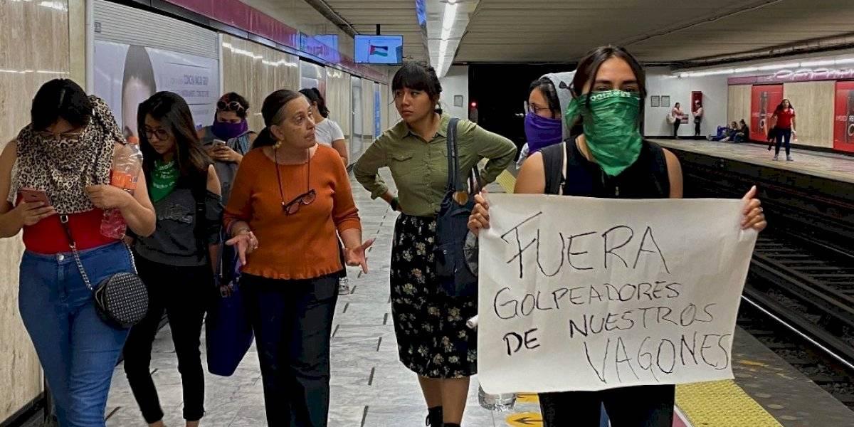 Mujeres protestan en el Metro por mujer agredida en vagón exclusivo