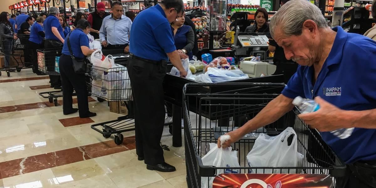 Buscan que 'cerillos' y despachadores de gasolina tengan un salario y prestaciones