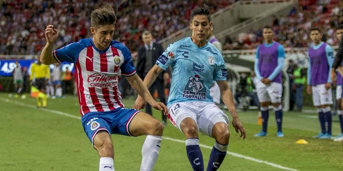 Érick Aguirre llega a Guadalajara y sería refuerzo de Chivas