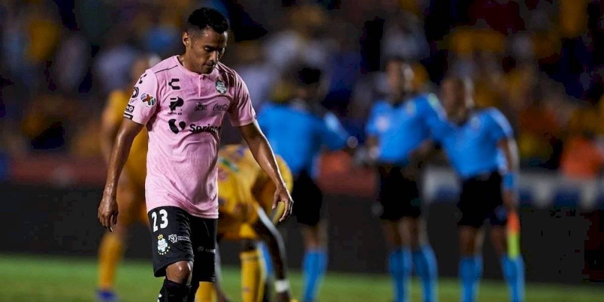 'Gallito' Vázquez volvería a Chivas, que mandaría dos jugadores a Santos