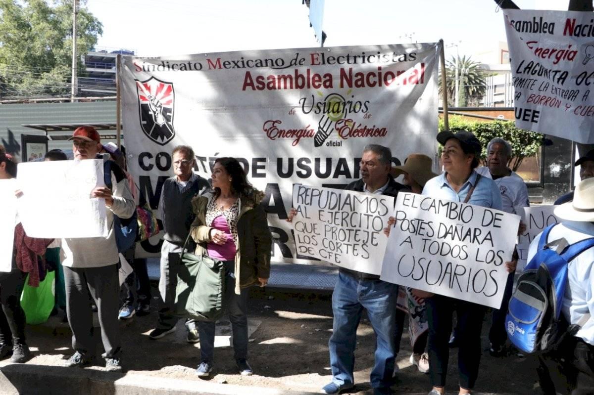 Usuarios y miembros del SME protagonizaron la marcha Axel Amézquita