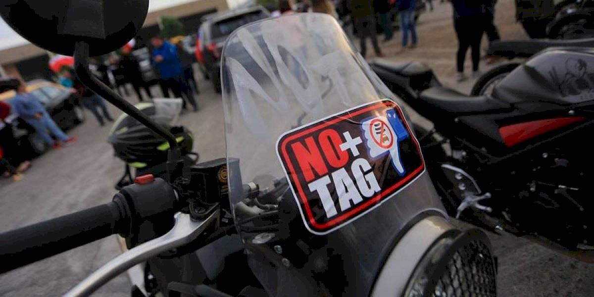 """Condonación de parte de la deuda y rebaja de la mitad de precio a las motos: el detalle del acuerdo entre el Gobierno con """"No+TAG"""" y los puntos que siguen pendientes"""