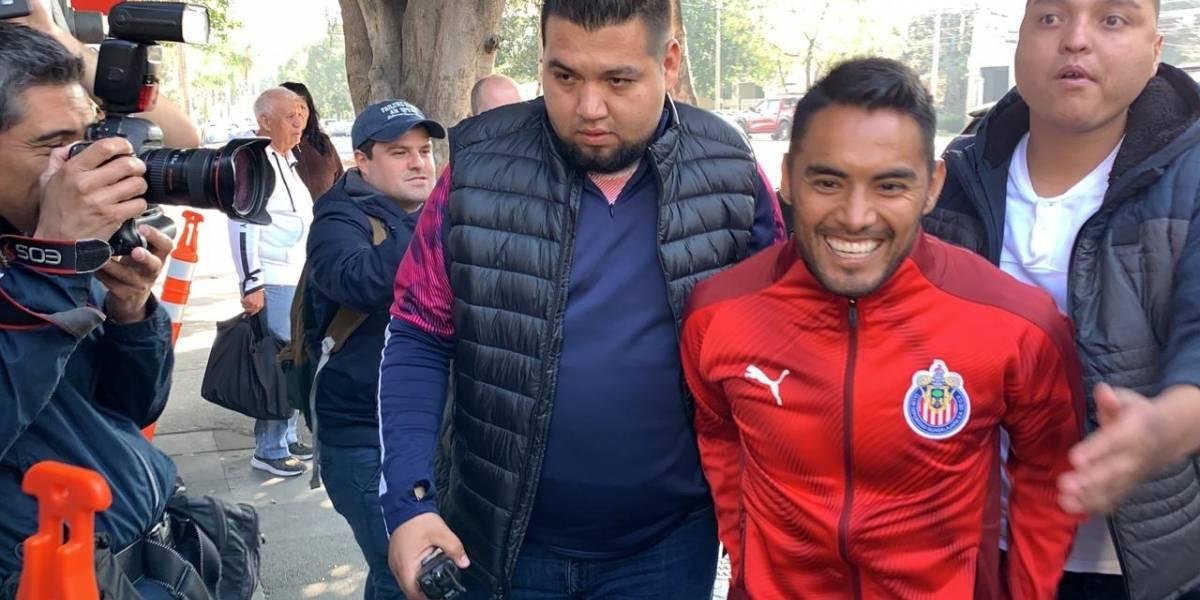 VIDEO: Gallito Vázquez, 'contentísimo' de volver a Chivas