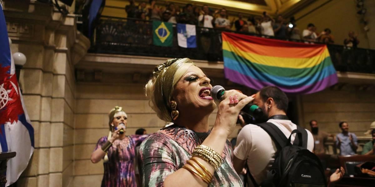 Bodas LGBT+ en Brasil suben 61% en el primer año de Bolsonaro