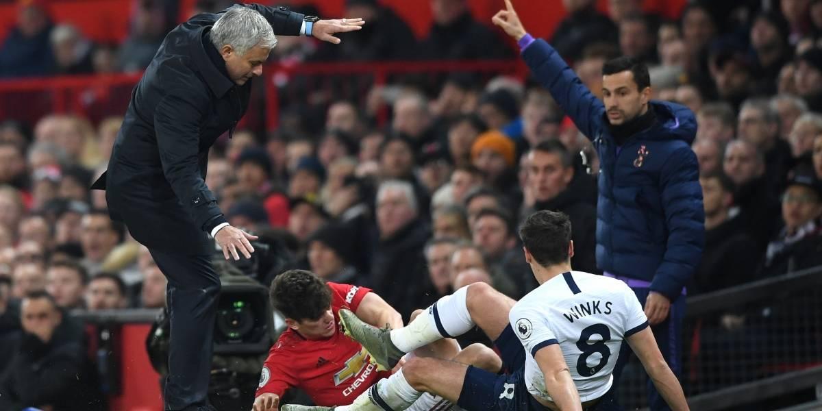 Manchester United da primer tropiezo a Mourinho con Tottenham