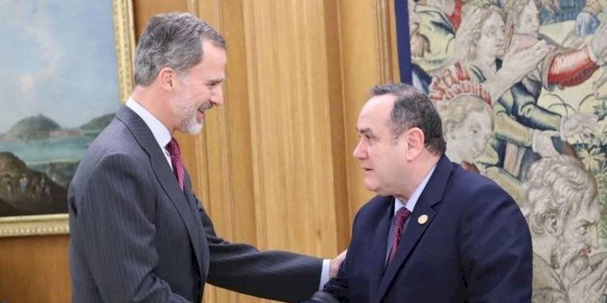 Presidente electo de Guatemala se reúne con el rey de España