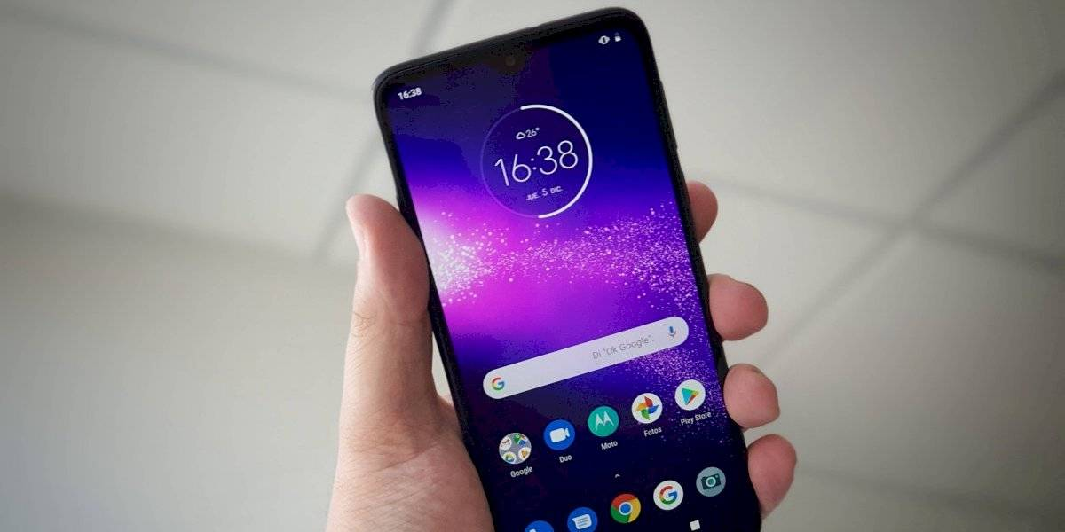 ¿Se diferencia lo suficiente? Review del Motorola One Macro [FW Labs]