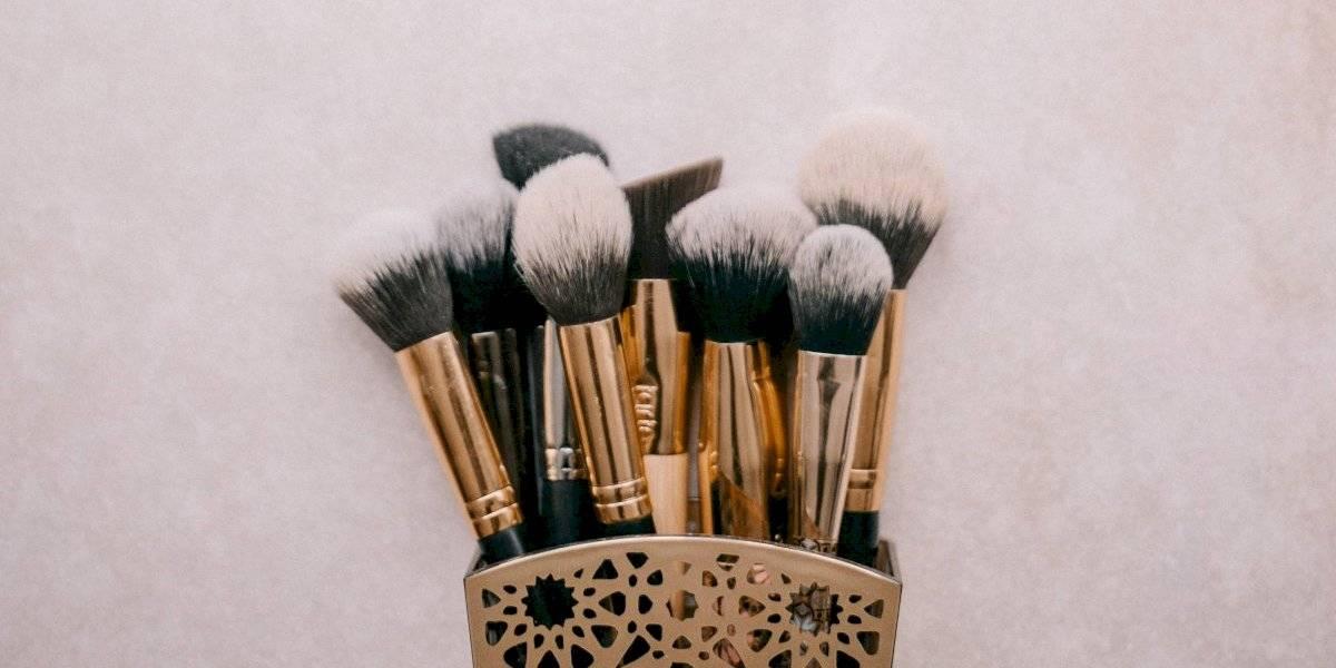 Seu kit de maquiagem pode estar cheio de germes