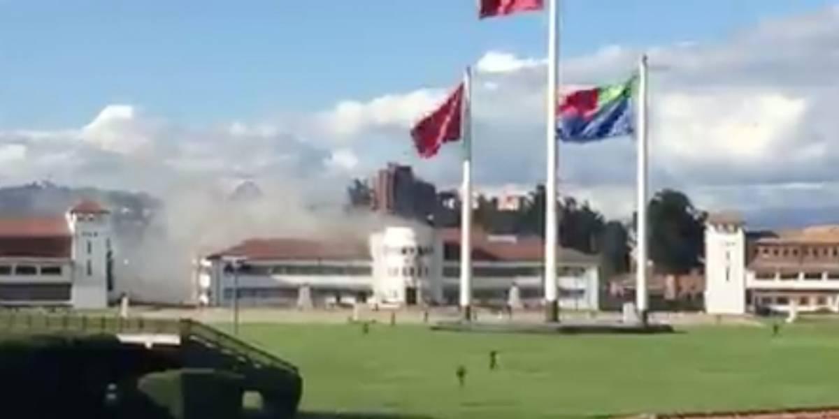 ¡ATENCIÓN! Voraz incendio en la Escuela Militar José María Córdova, en Bogotá