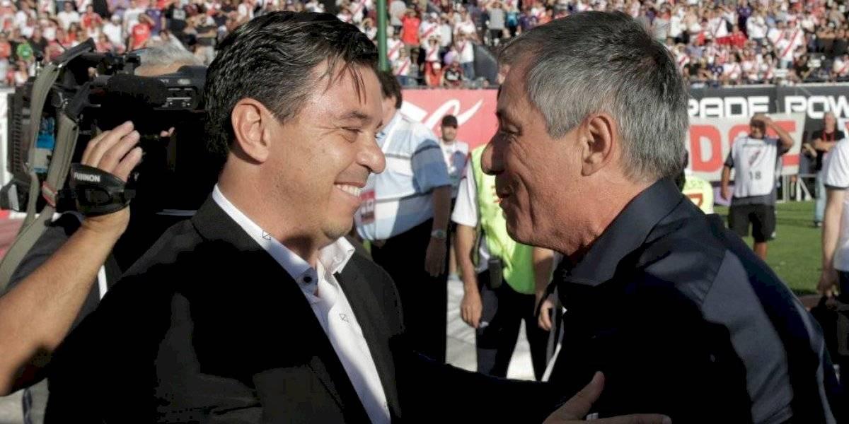 La UC echa mano a su amplia lista de candidatos para dar con el reemplazante de Gustavo Quinteros