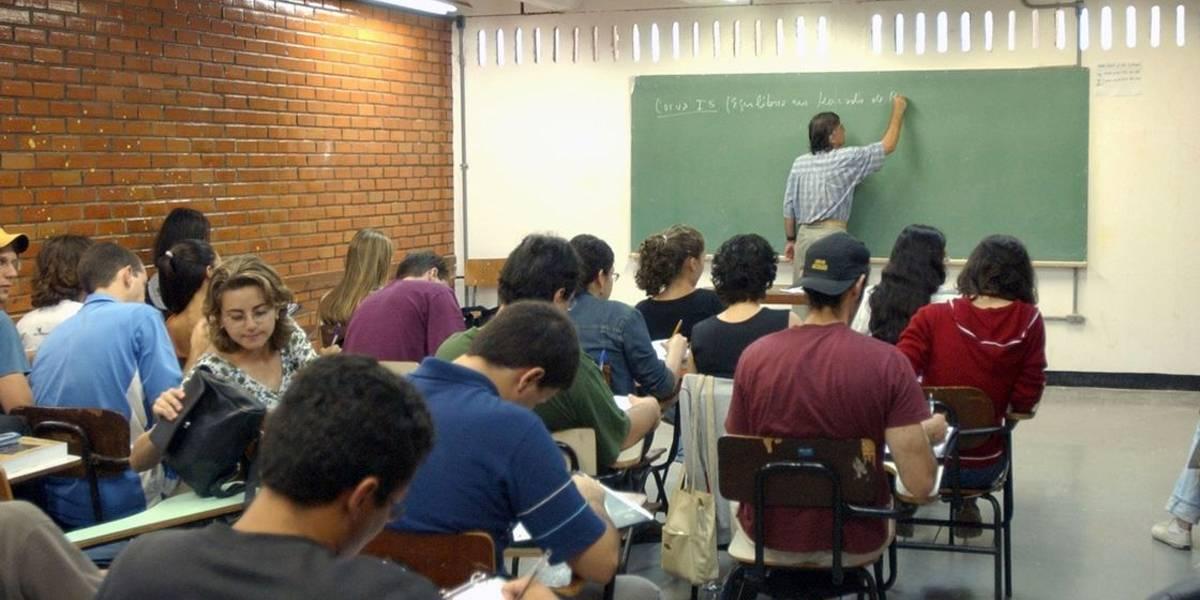 Contra coronavírus, colégios de SP pedem que alunos troquem abraços por sorrisos