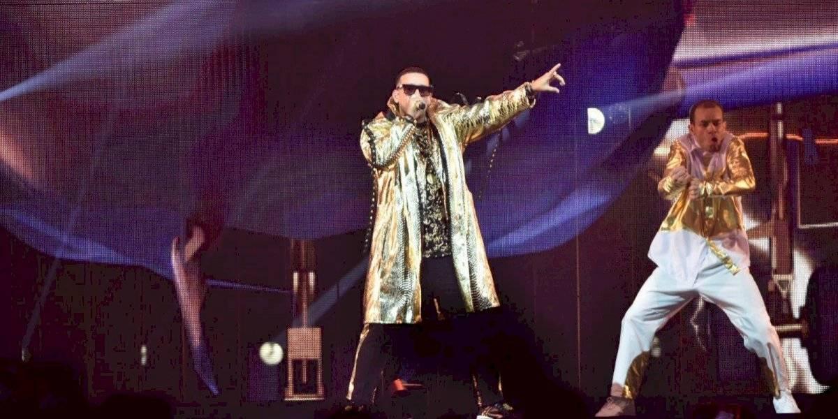 """Daddy Yankee dará """"bono navideño"""" a asistentes de primera función de su concierto tras errores técnicos"""