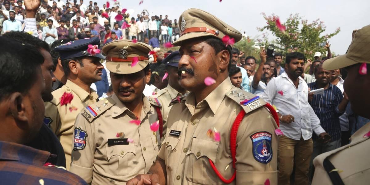 India: la Policía mata a cuatro sospechosos de una violación