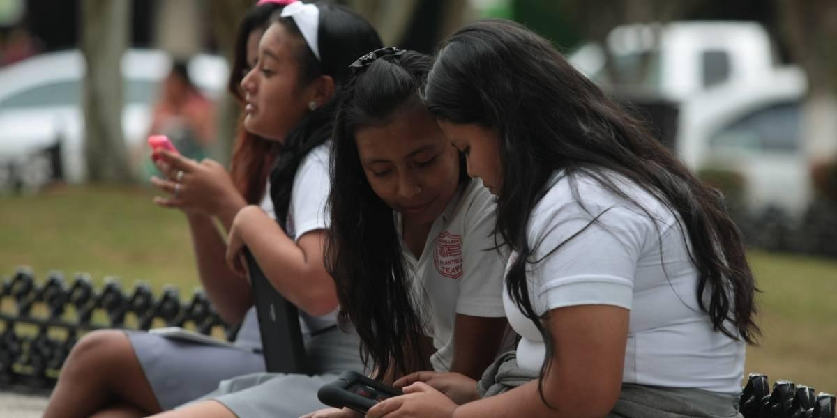 Van por internet gratuito en zonas marginadas de la CDMX